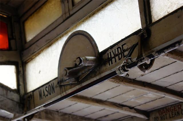 Voll mechanisch und zwei Richtungen: Mason St oder Hyde St